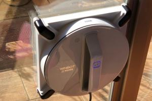 年末の大掃除 WINBOT 窓ふきもロボットに頼む!